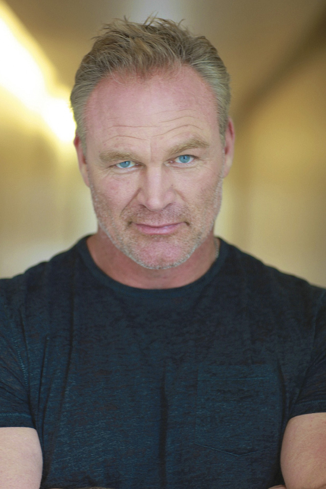 Movie Star and Former NFL Player Brian Bosworth - Risen ... The Longest Yard 2005