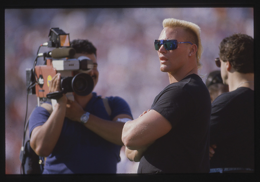 Brian Bosworth on set