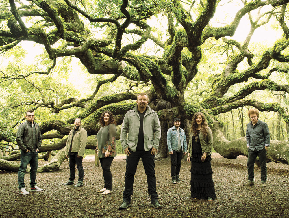 Casting Crowns, from left to right: Josh Mix, Juan DeVevo, Megan Garrett, Mark Hall, Chris Huffman, Melodee DeVevo, Brian Scoggin