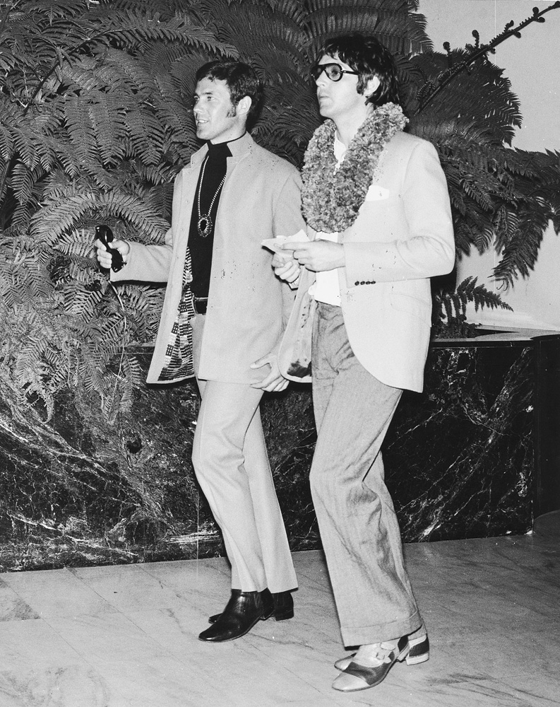 (l to r) Ken Mansfield and Paul McCartney
