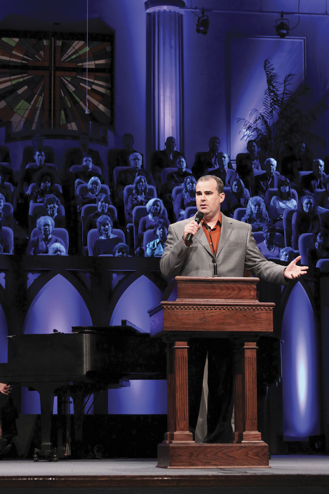 Alex Kendrick speaking at Sherwwood Baptist Church. Photo by Travis Hatfield