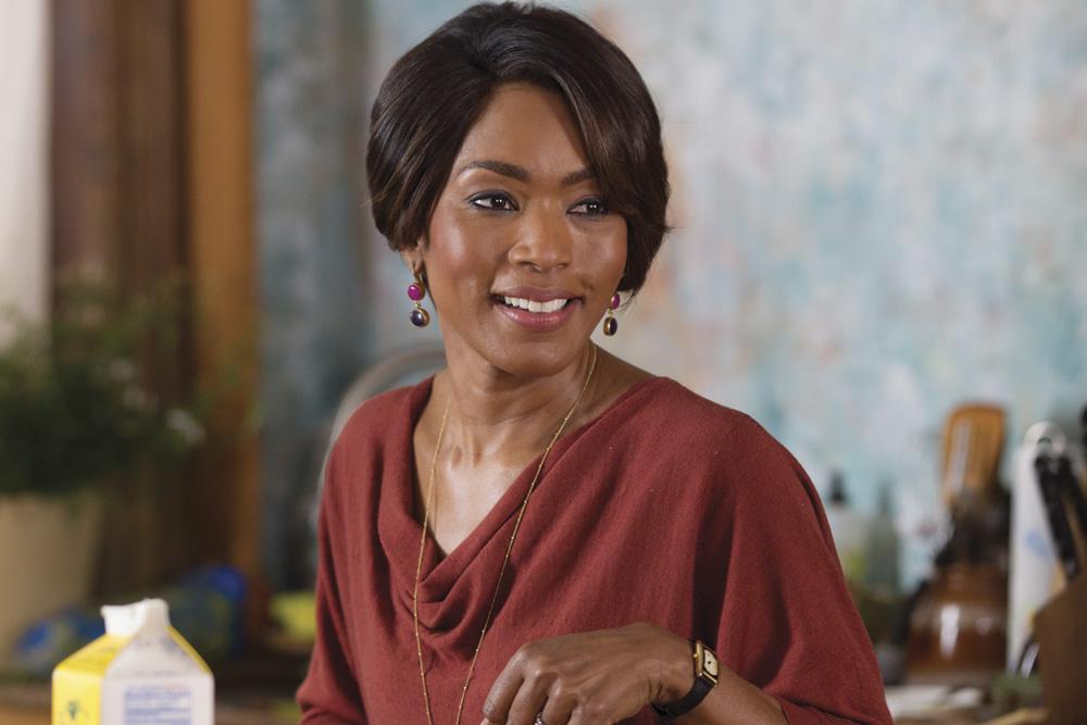 Black Nativity Movie cast Angela Bassett. © 2013 - Fox Searchlight