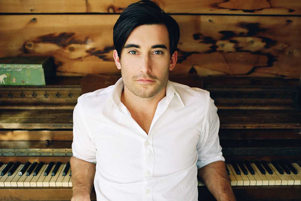 Worshipping with Phil Wickham
