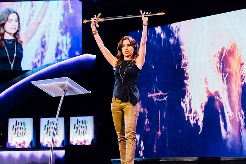 Paralyzing Fear with Lisa Bevere