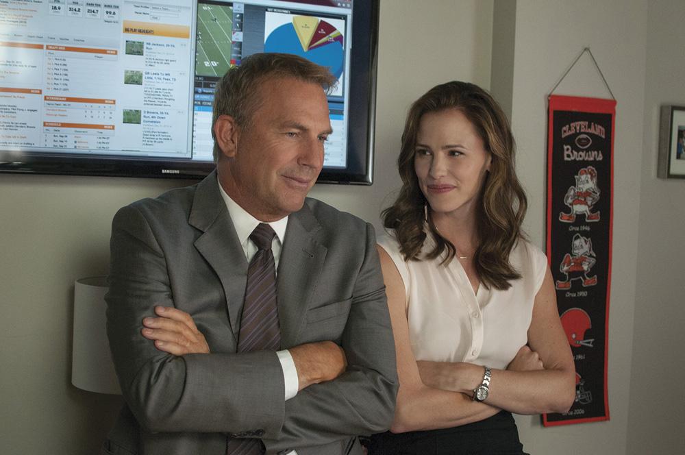 Draft Day Movie Stars (l-r) Kevin Costner and Jennifer Garner. Photo: Courtesy of Summit Entertainment