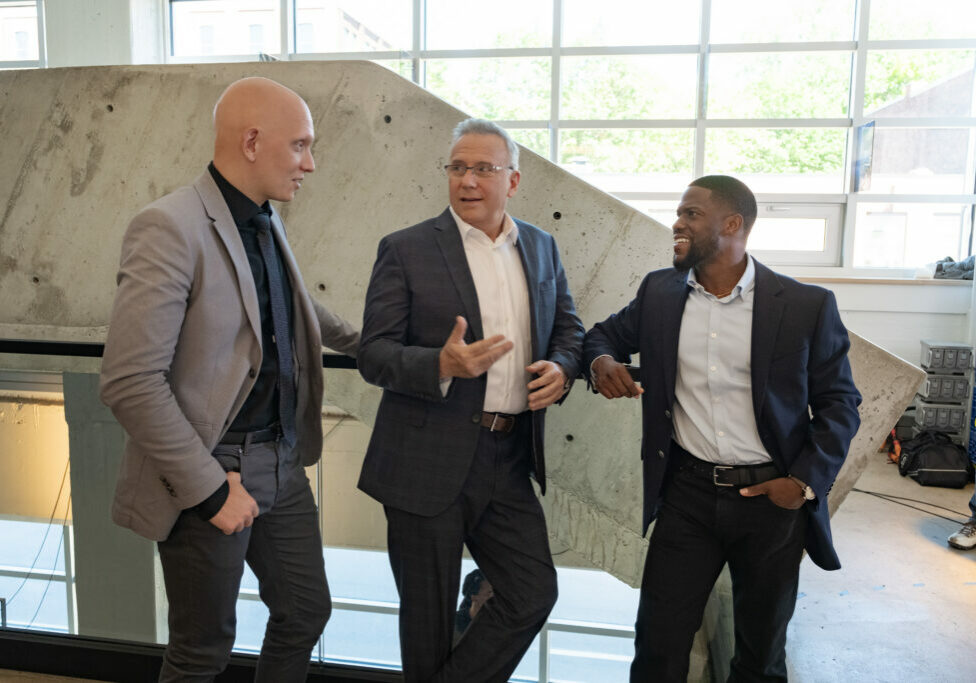 FATHERHOOD (L-R): BEHIND THE SCENES with ANTHONY CARRIGAN as OSCAR, PAUL REISER as HOWARD, KEVIN HART as MATT. Cr. PHILIPPE BOSSE/NETFLIX © 2021.