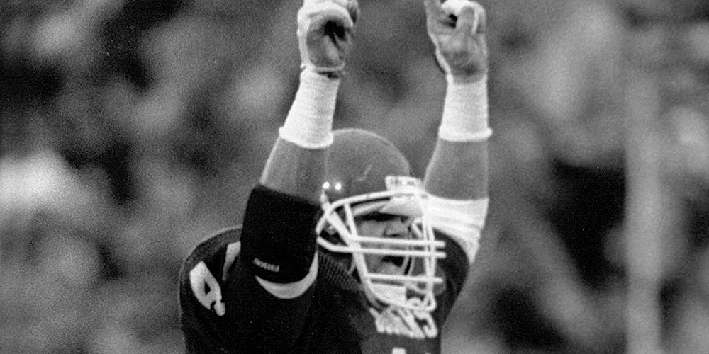 Brian Bosworth Playing for Oklahoma Sooners