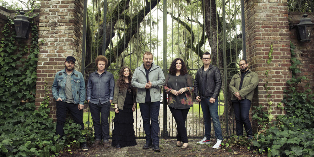 Casting Crowns, from left to right: Chris Huffman, Brian Scoggin, Melodee DeVevo, Mark Hall, Megan Garrett, Josh Mix, Juan DeVevo
