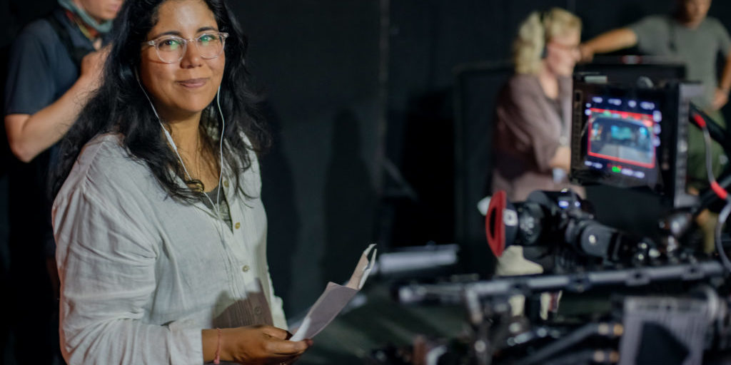 4145_D002_00061_R  Director Nisha Ganatra on the set of her film THE HIGH NOTE, a Focus Features release.    Credit: Glen Wilson / Focus Features